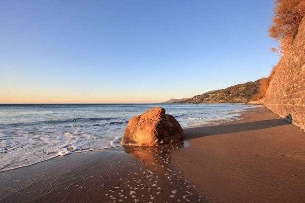 spiagge-di-sabbia-liguria
